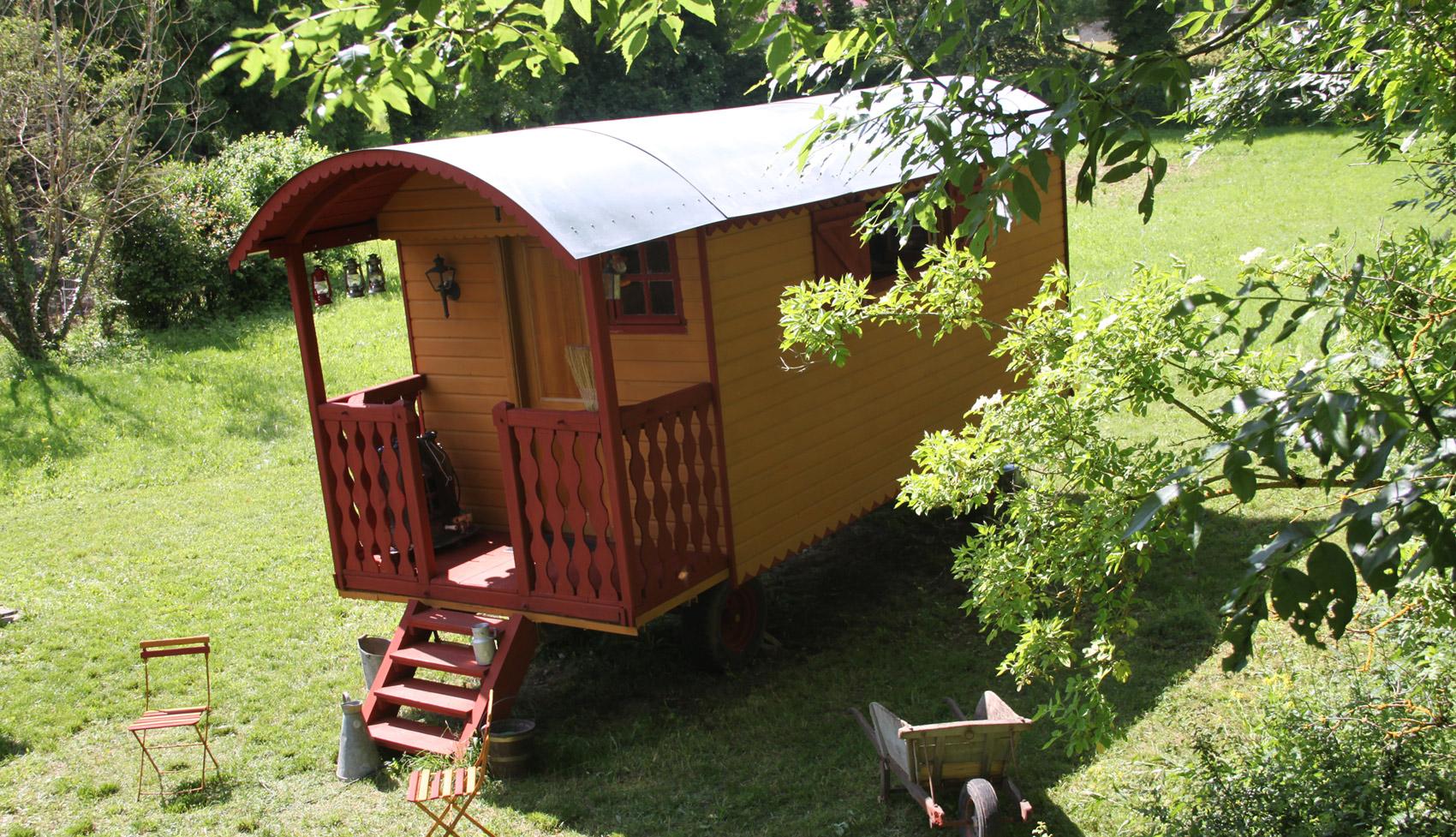 uni roulotte construction et vente de roulottes en bois. Black Bedroom Furniture Sets. Home Design Ideas